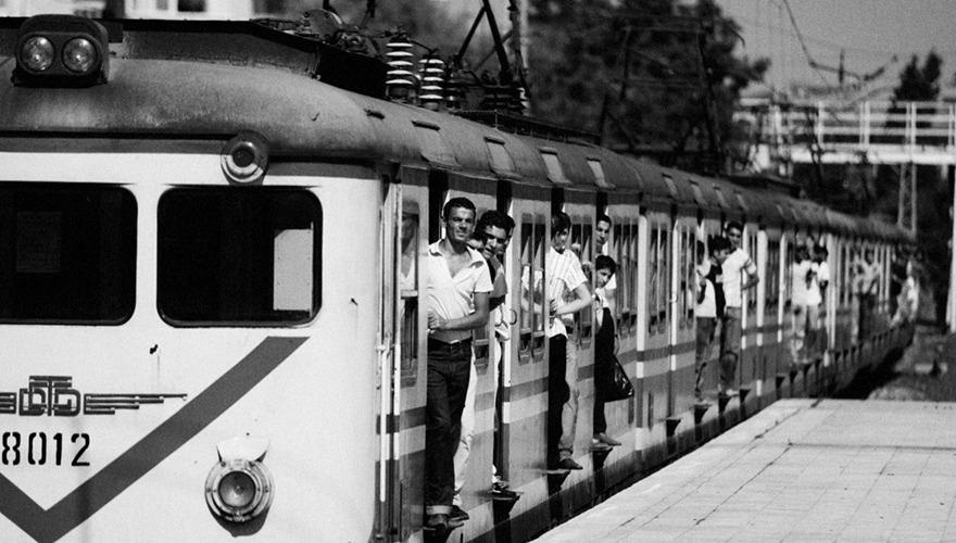 Banliyö Treni